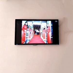 Màn Hình Quảng Cáo LCD  Treo Tường Cảm ứng Android