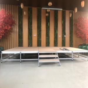 Sân Khấu Khán Đài - Sân Khấu Nhiều Tầng